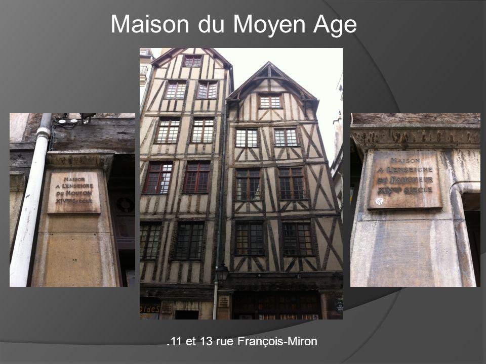 Maison du Moyen Age .11 et 13 rue François-Miron