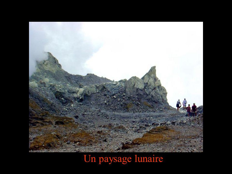Un paysage lunaire