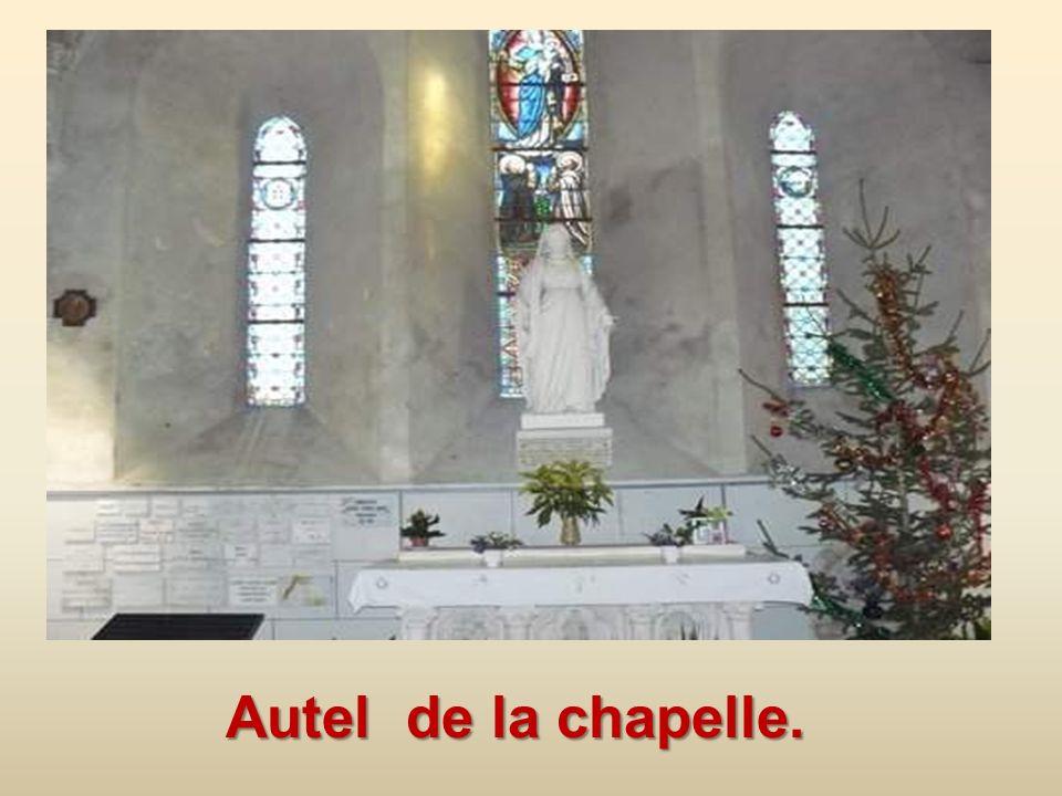 Autel de la chapelle.