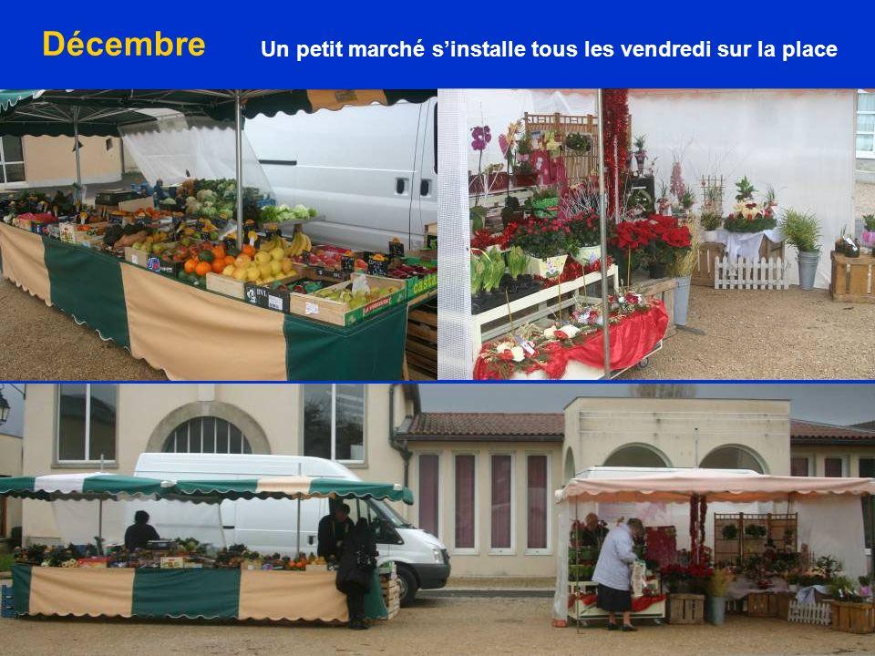 Un petit marché s'installe tous les vendredi sur la place