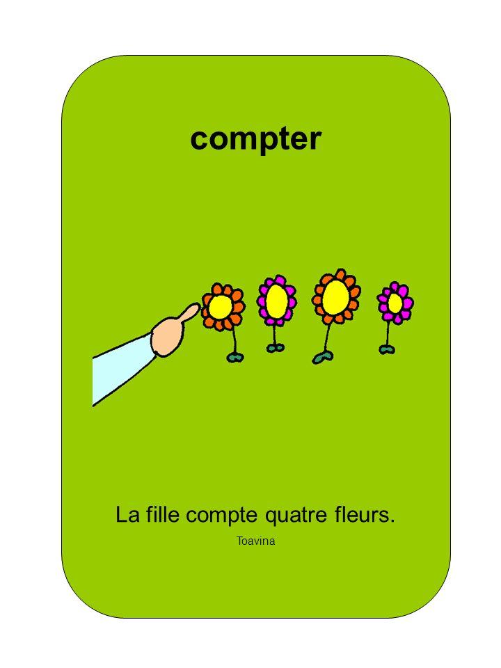 La fille compte quatre fleurs.