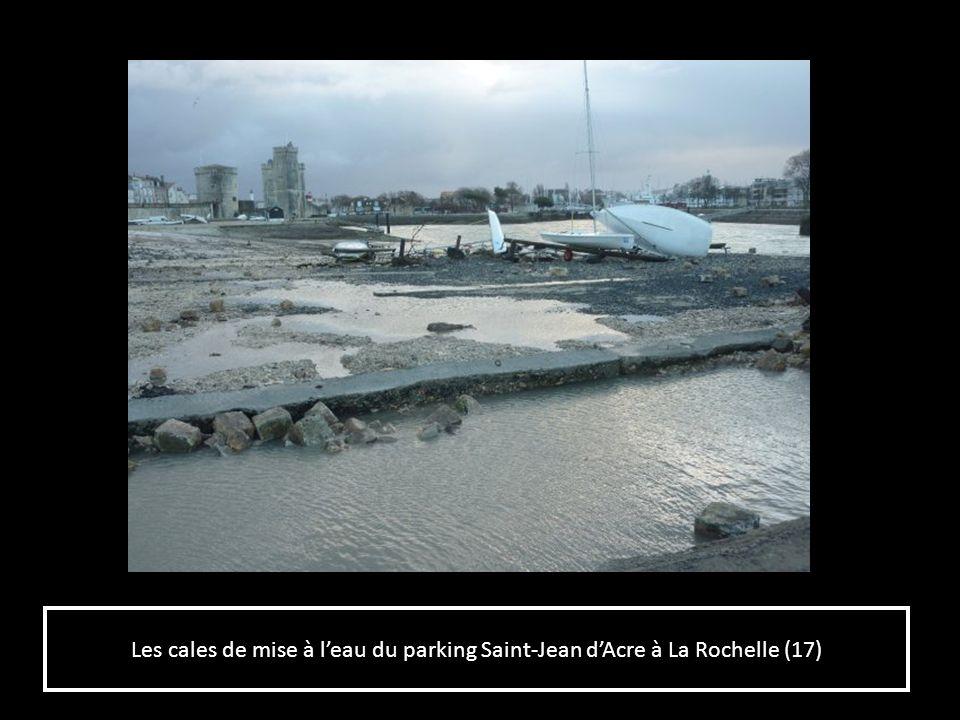Les cales de mise à l'eau du parking Saint-Jean d'Acre à La Rochelle (17)