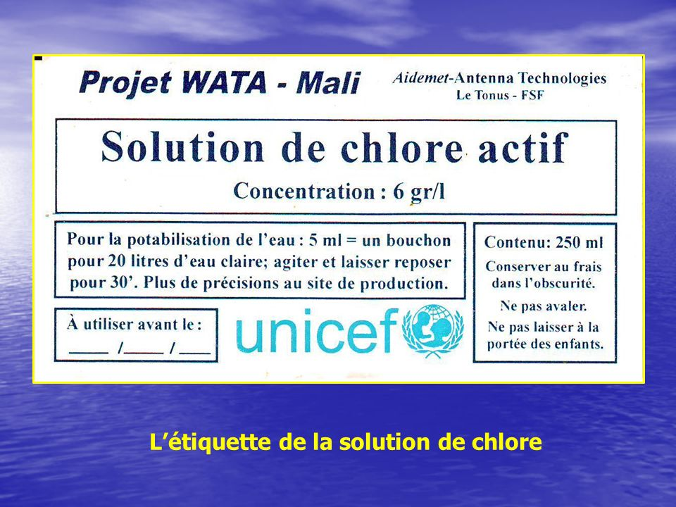 L'étiquette de la solution de chlore