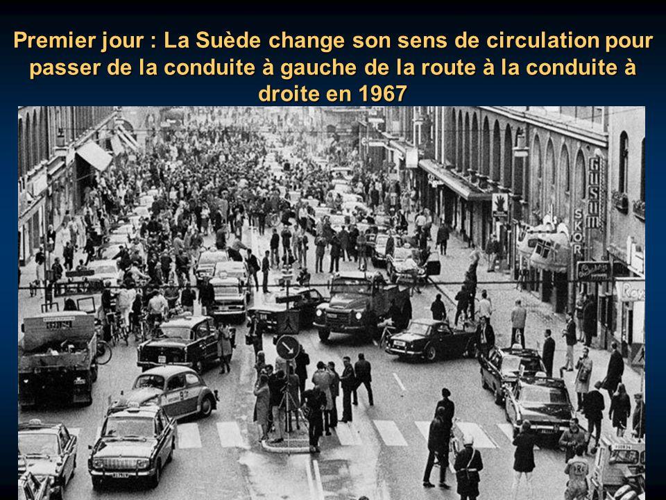 Premier jour : La Suède change son sens de circulation pour passer de la conduite à gauche de la route à la conduite à droite en 1967