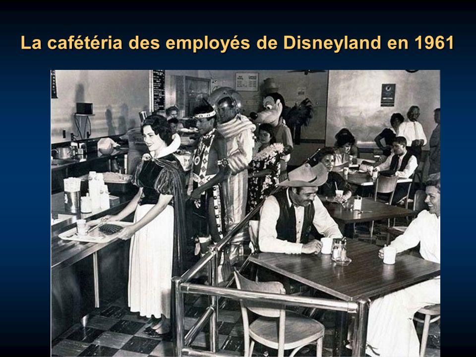La cafétéria des employés de Disneyland en 1961
