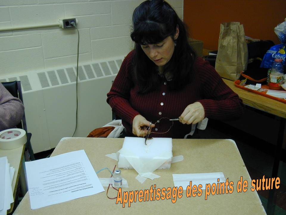 Apprentissage des points de suture