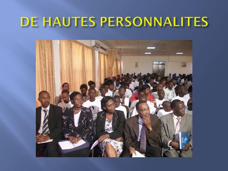 DE HAUTES PERSONNALITES