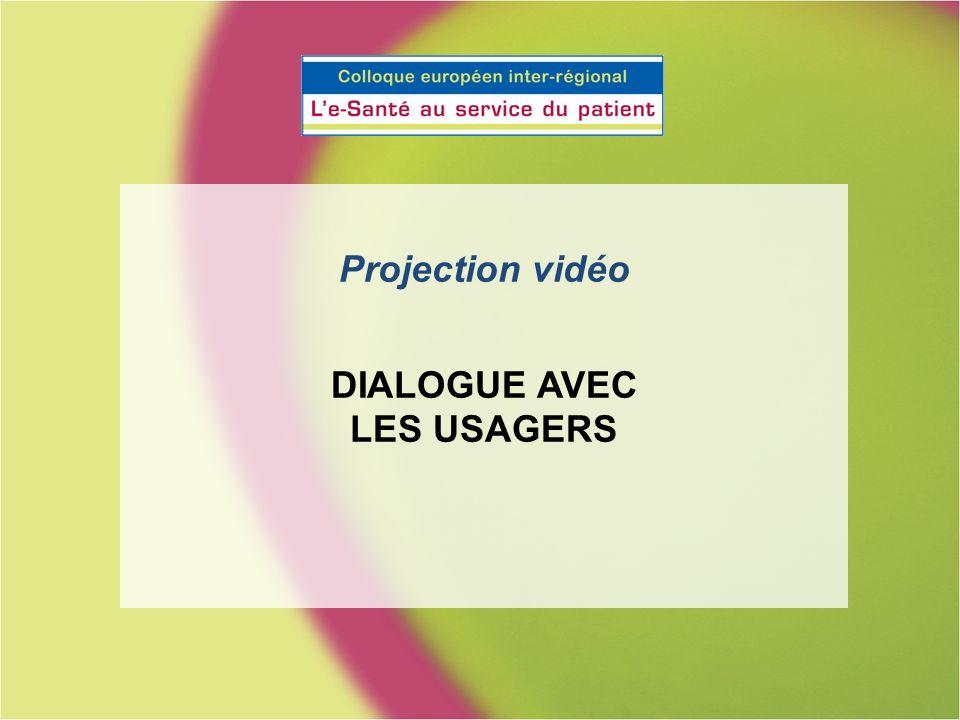 Projection vidéo DIALOGUE AVEC LES USAGERS