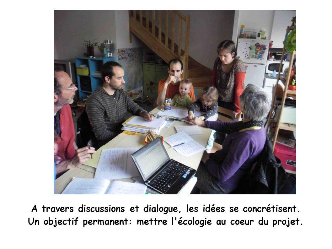A travers discussions et dialogue, les idées se concrétisent.