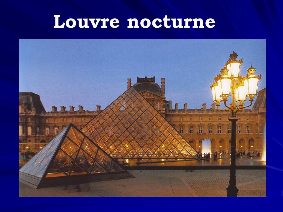 Louvre nocturne
