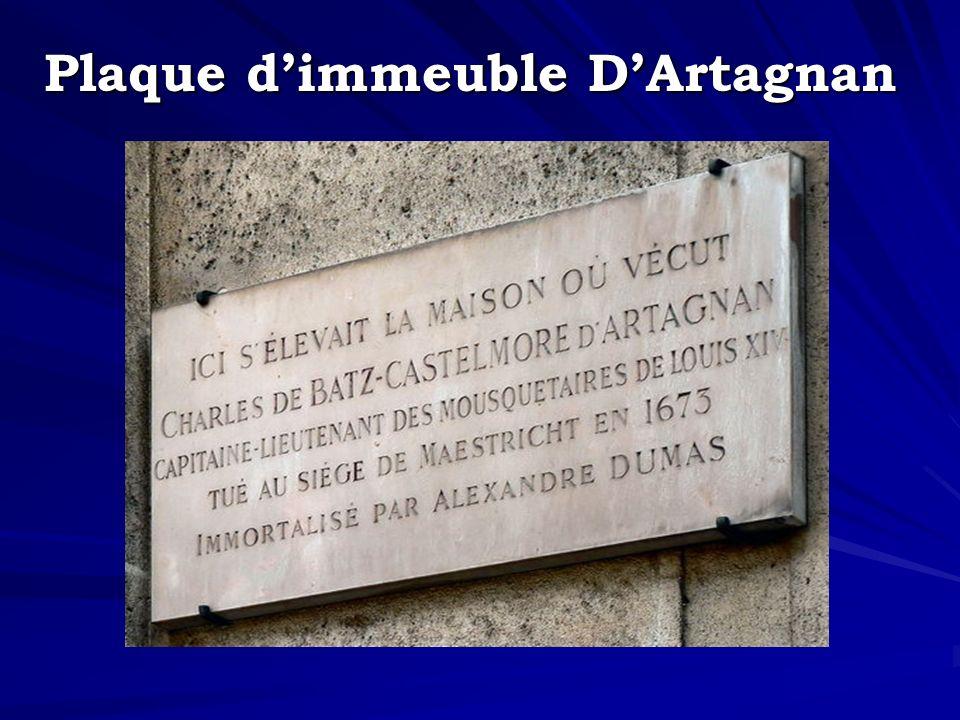 Plaque d'immeuble D'Artagnan