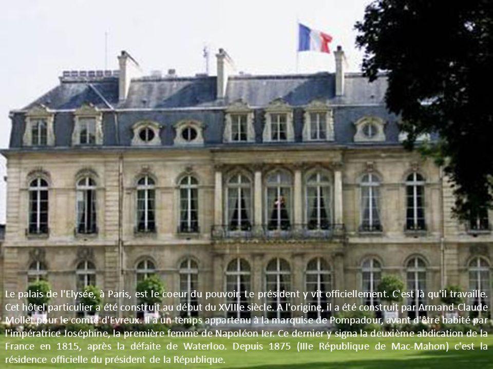 Le palais de l Elysée, à Paris, est le coeur du pouvoir