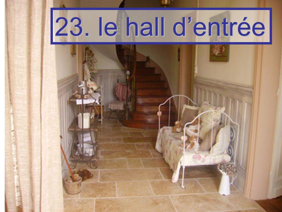 23. le hall d'entrée