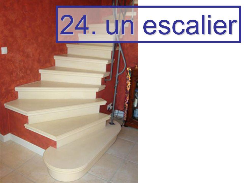 24. un escalier