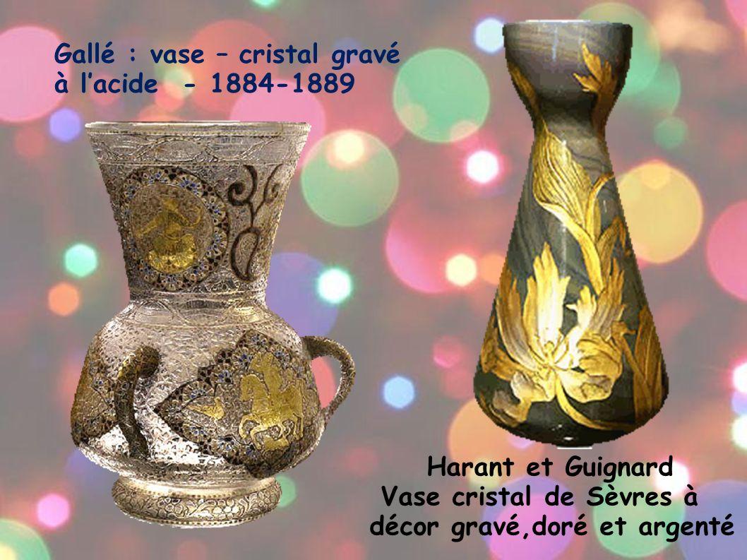 Gallé : vase – cristal gravé