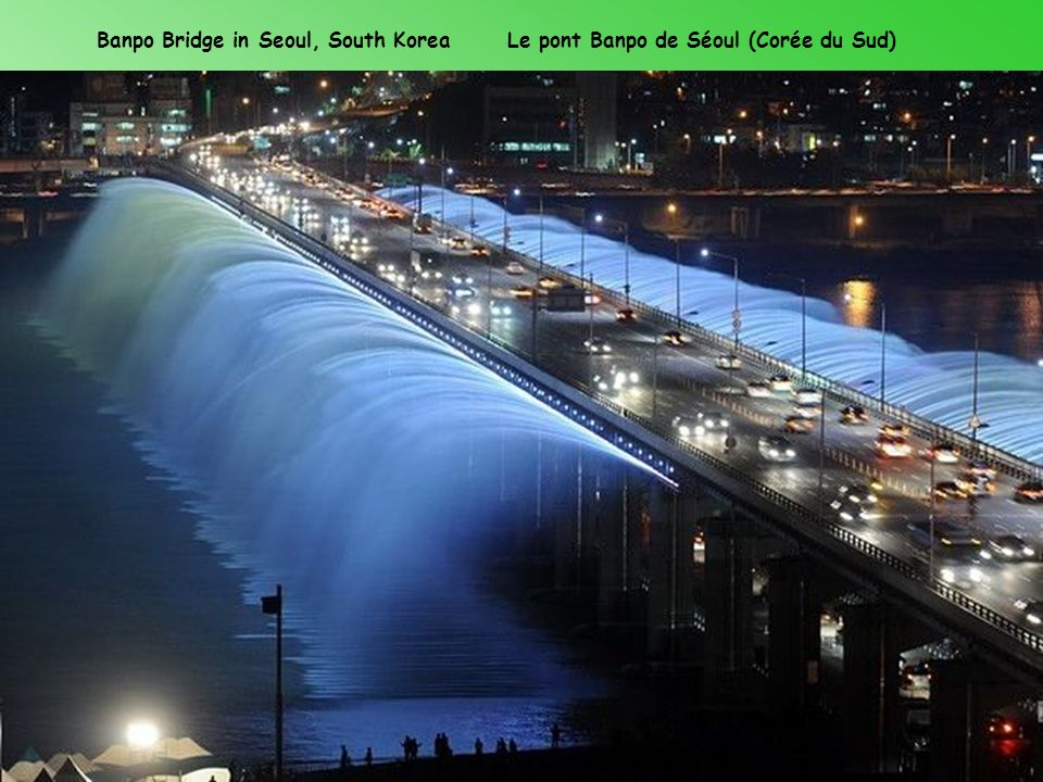Banpo Bridge in Seoul, South Korea