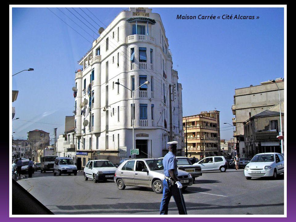 Maison Carrée « Cité Alcaras »