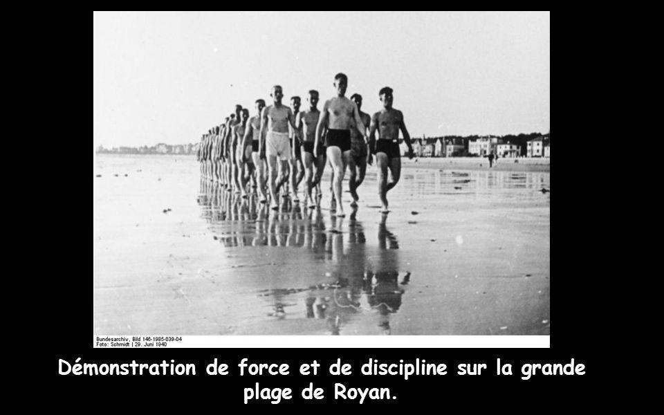Démonstration de force et de discipline sur la grande plage de Royan.