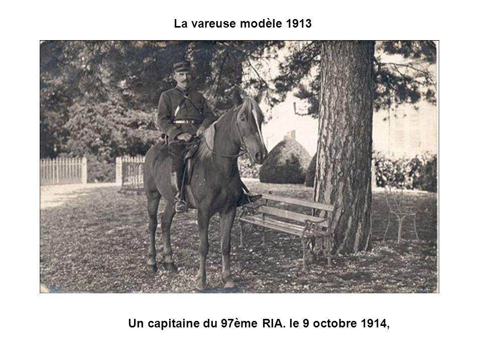 La vareuse modèle 1913 Un capitaine du 97ème RIA. le 9 octobre 1914,