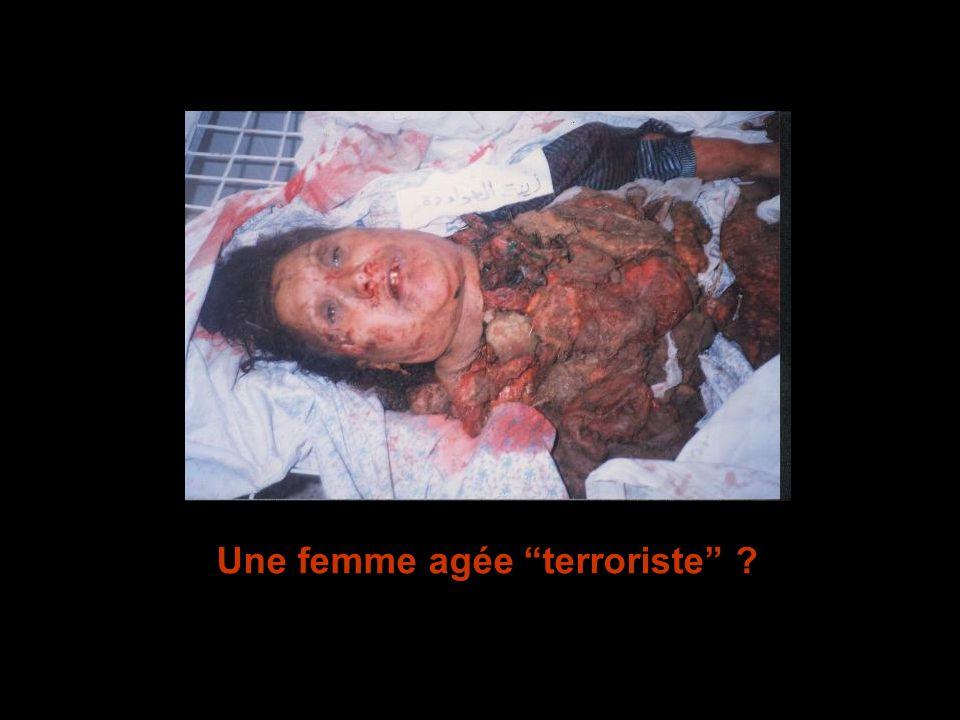 Une femme agée terroriste