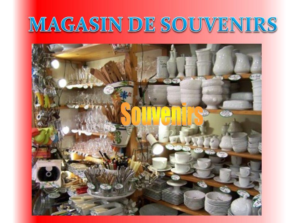 MAGASIN DE SOUVENIRS Souvenirs