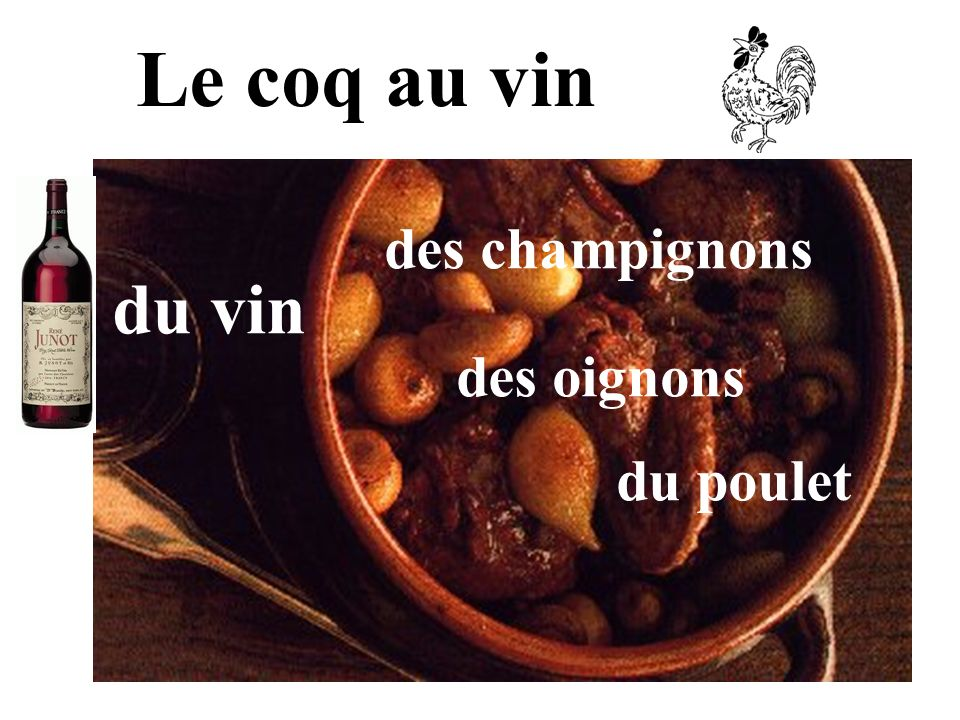 Le coq au vin des champignons du vin des oignons du poulet