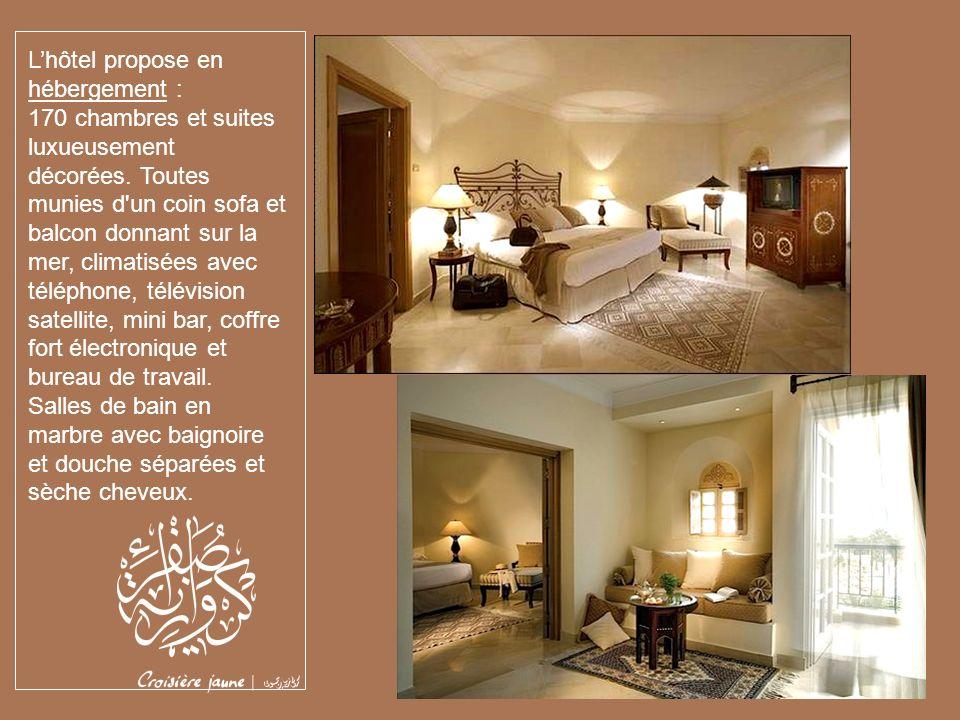 L'hôtel propose en hébergement :