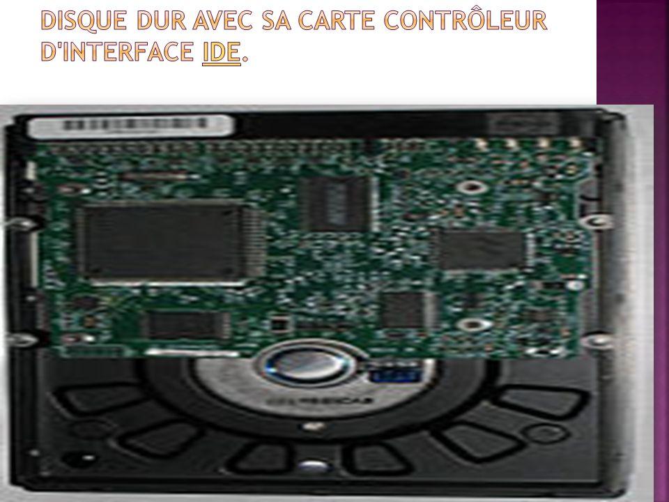 Disque dur avec sa carte contrôleur d interface IDE.