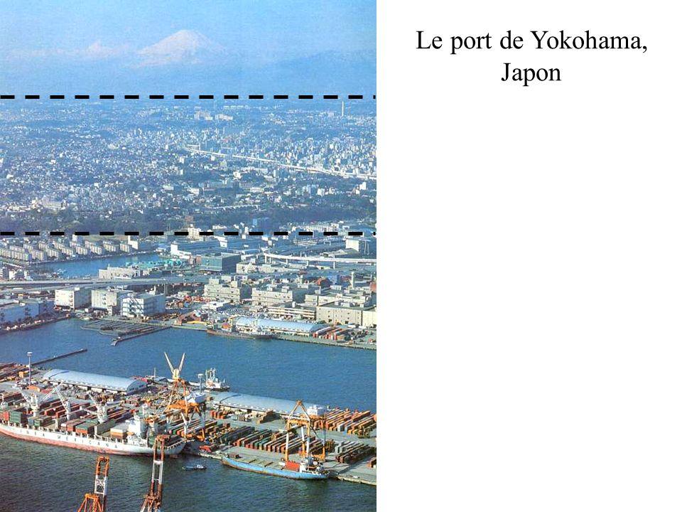 Le port de Yokohama, Japon