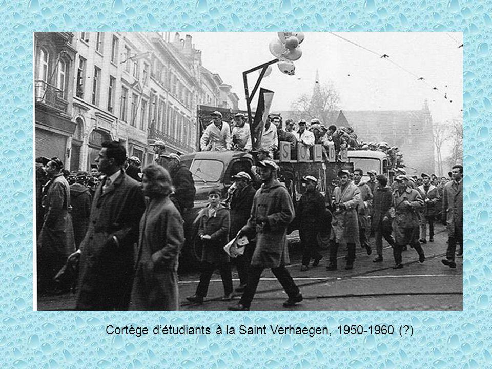 Cortège d'étudiants à la Saint Verhaegen, 1950-1960 ( )