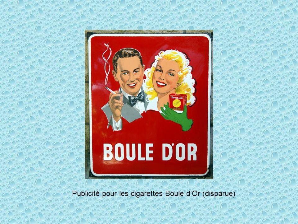 Publicité pour les cigarettes Boule d'Or (disparue)