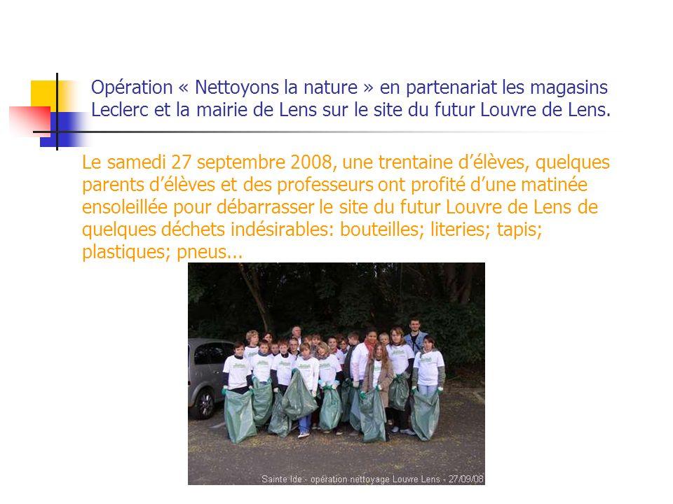 Opération « Nettoyons la nature » en partenariat les magasins Leclerc et la mairie de Lens sur le site du futur Louvre de Lens.