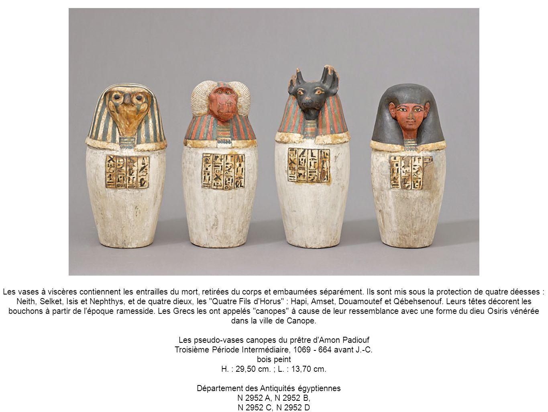 Les pseudo-vases canopes du prêtre d Amon Padiouf