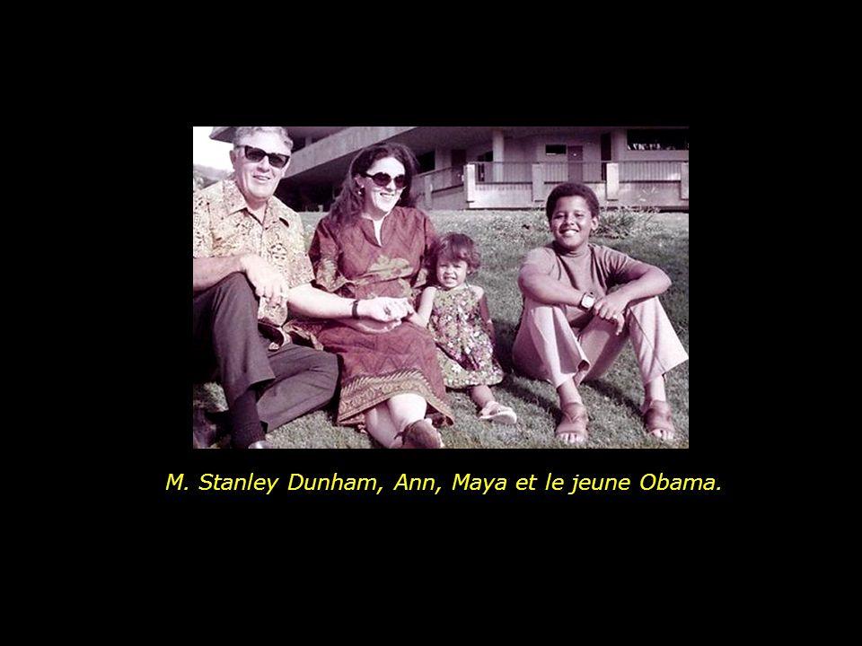 M. Stanley Dunham, Ann, Maya et le jeune Obama.