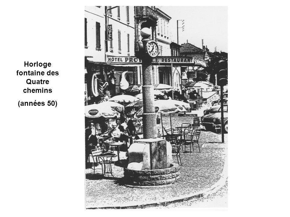 Horloge fontaine des Quatre chemins