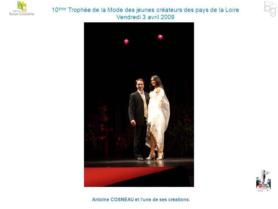 Antoine COSNEAU et l'une de ses créations.