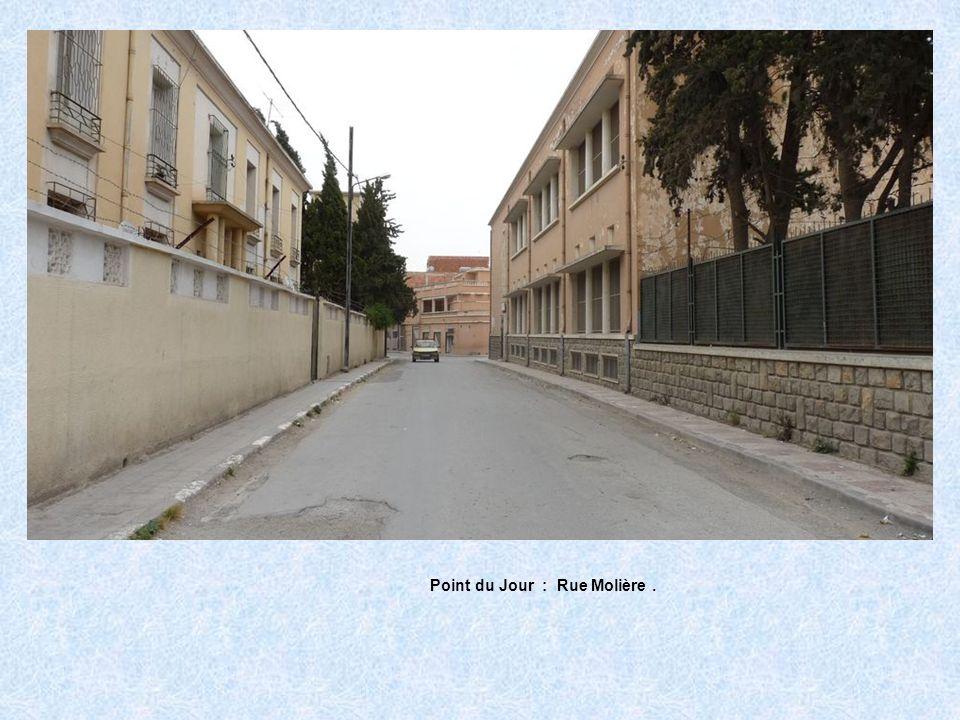 Point du Jour : Rue Molière .