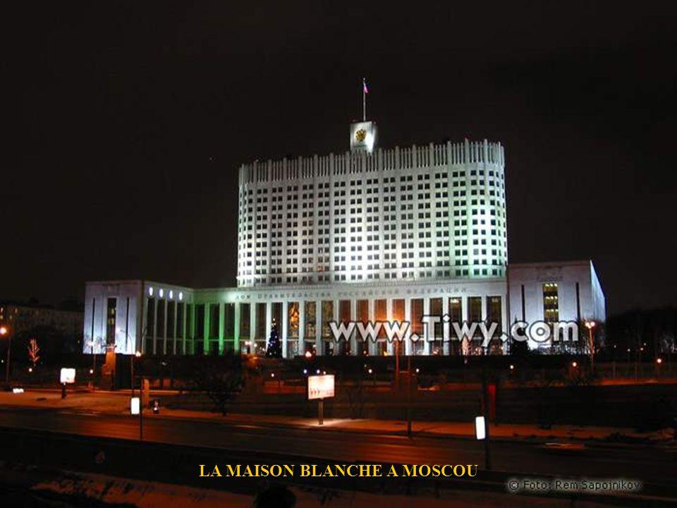 LA MAISON BLANCHE A MOSCOU