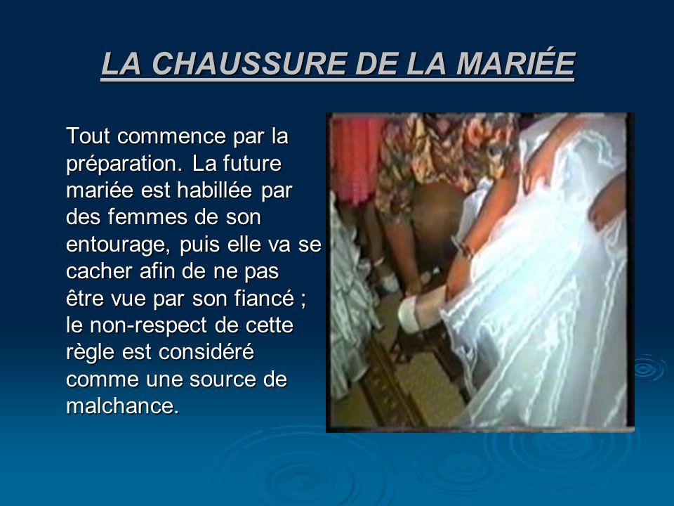 LA CHAUSSURE DE LA MARIÉE