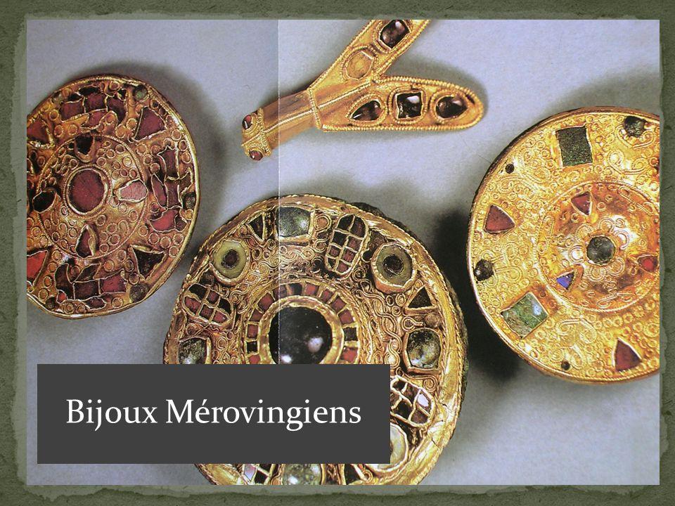 Bijoux Mérovingiens