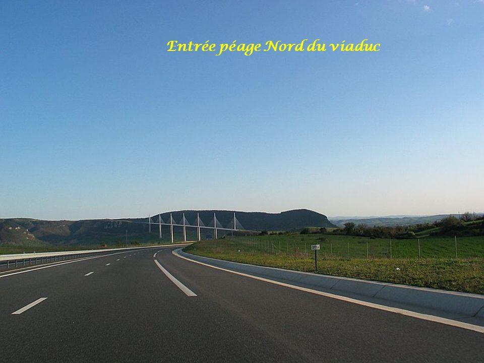Entrée péage Nord du viaduc