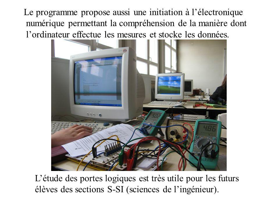 Le programme propose aussi une initiation à l'électronique