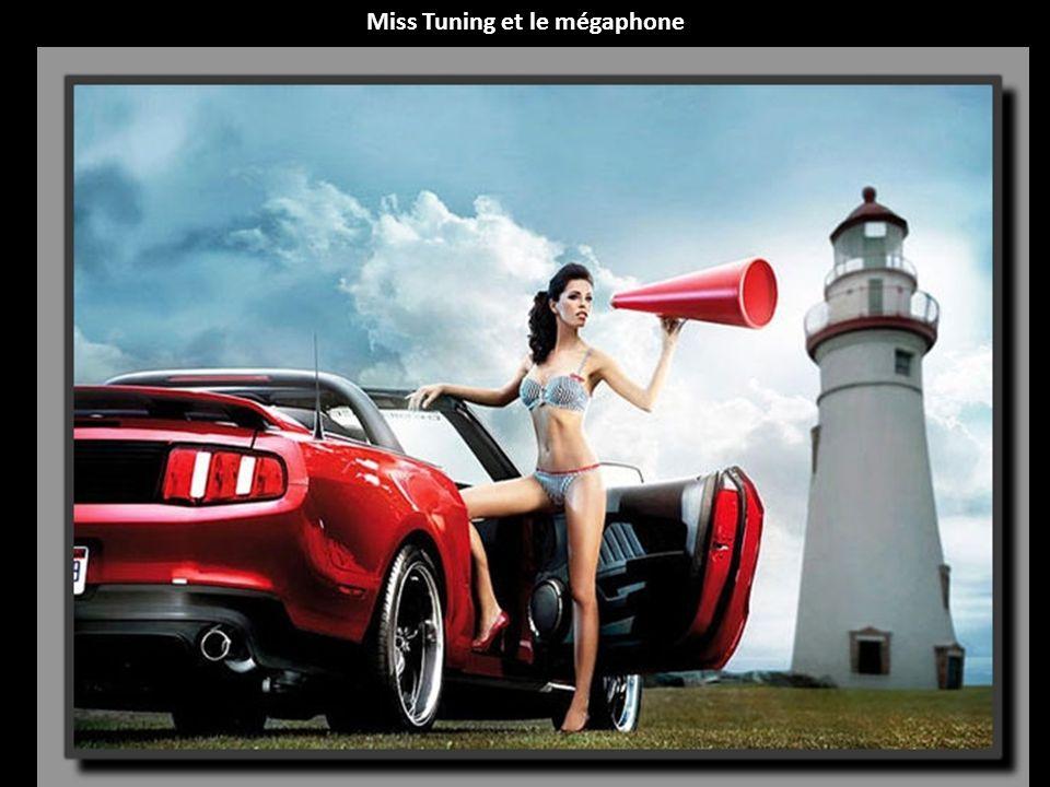 Miss Tuning et le mégaphone