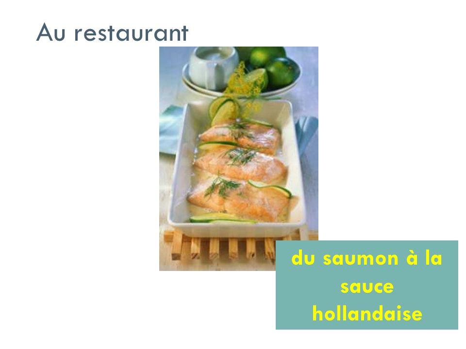 du saumon à la sauce hollandaise