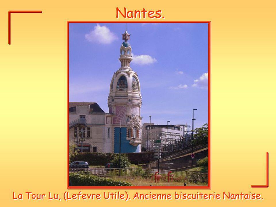 La Tour Lu, (Lefevre Utile). Ancienne biscuiterie Nantaise.
