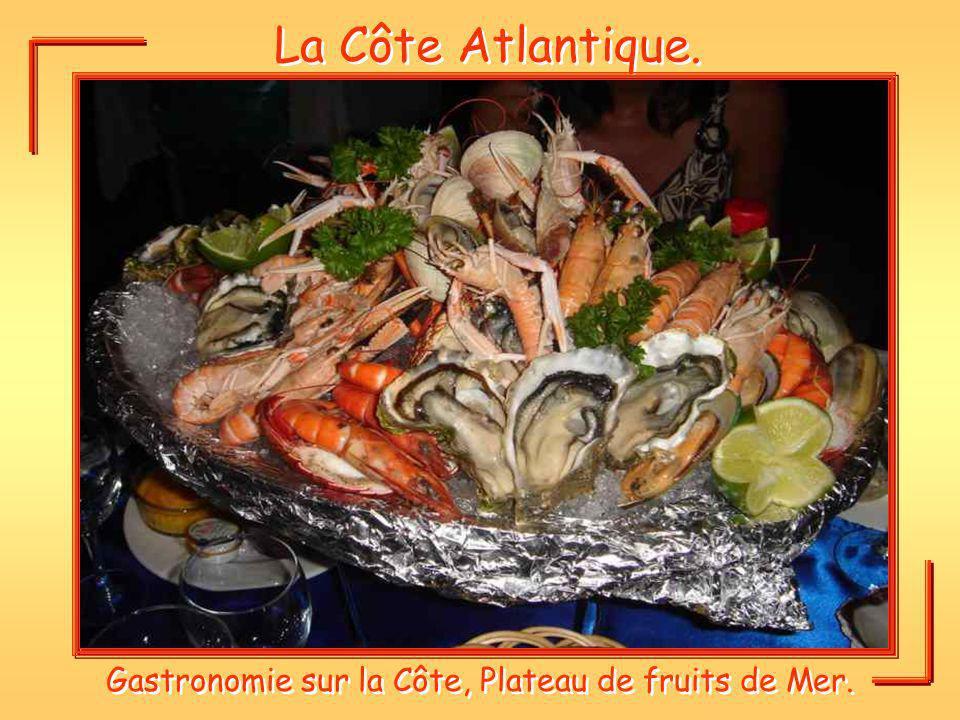 Gastronomie sur la Côte, Plateau de fruits de Mer.