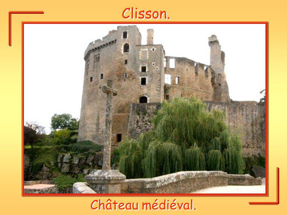 Clisson. Château médiéval.