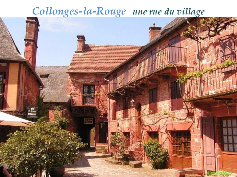 Collonges-la-Rouge une rue du village