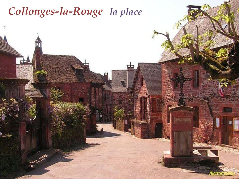 Collonges-la-Rouge la place