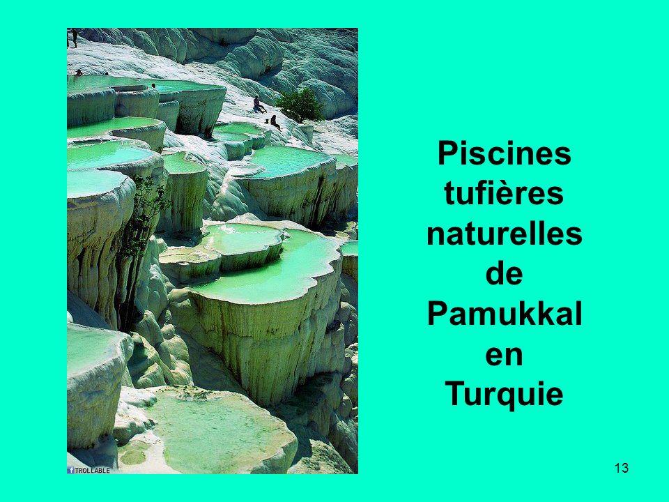 Piscines tufières naturelles de Pamukkalen Turquie
